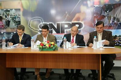Presentación del acto con algunos de sus ponentes (Fuente Ministerio de Trabajo, Empleo y Seguridad Social)