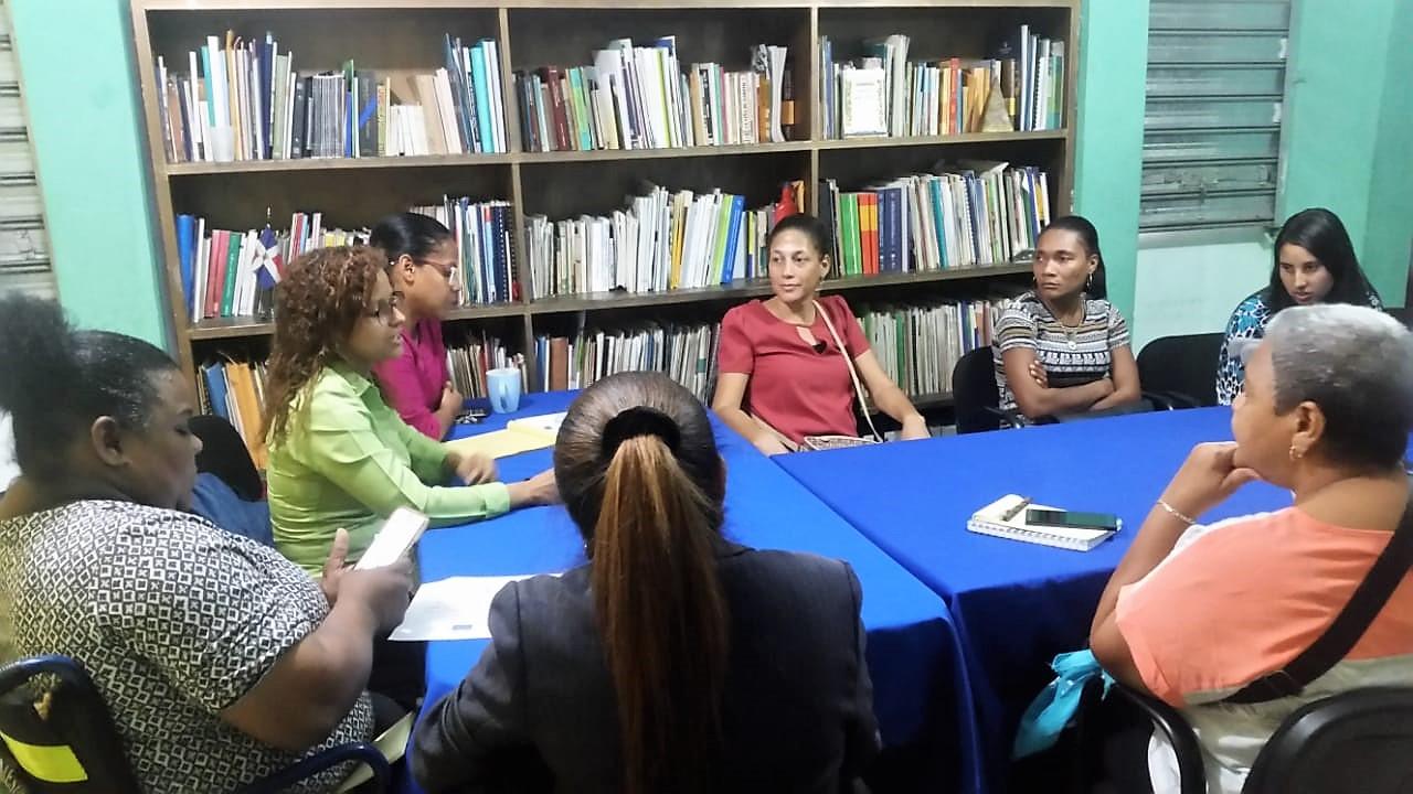 Imagen del grupo de trabajo de mujeres dominicanas con discapacidad