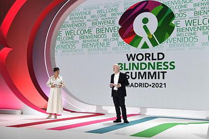Imagen de los presentadores del evento